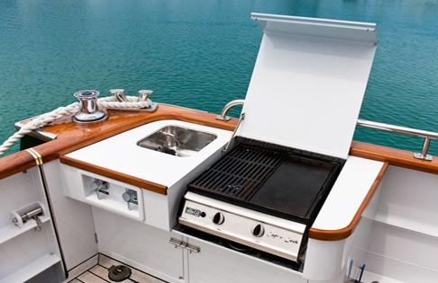 The 22m Yacht ESCAPADE