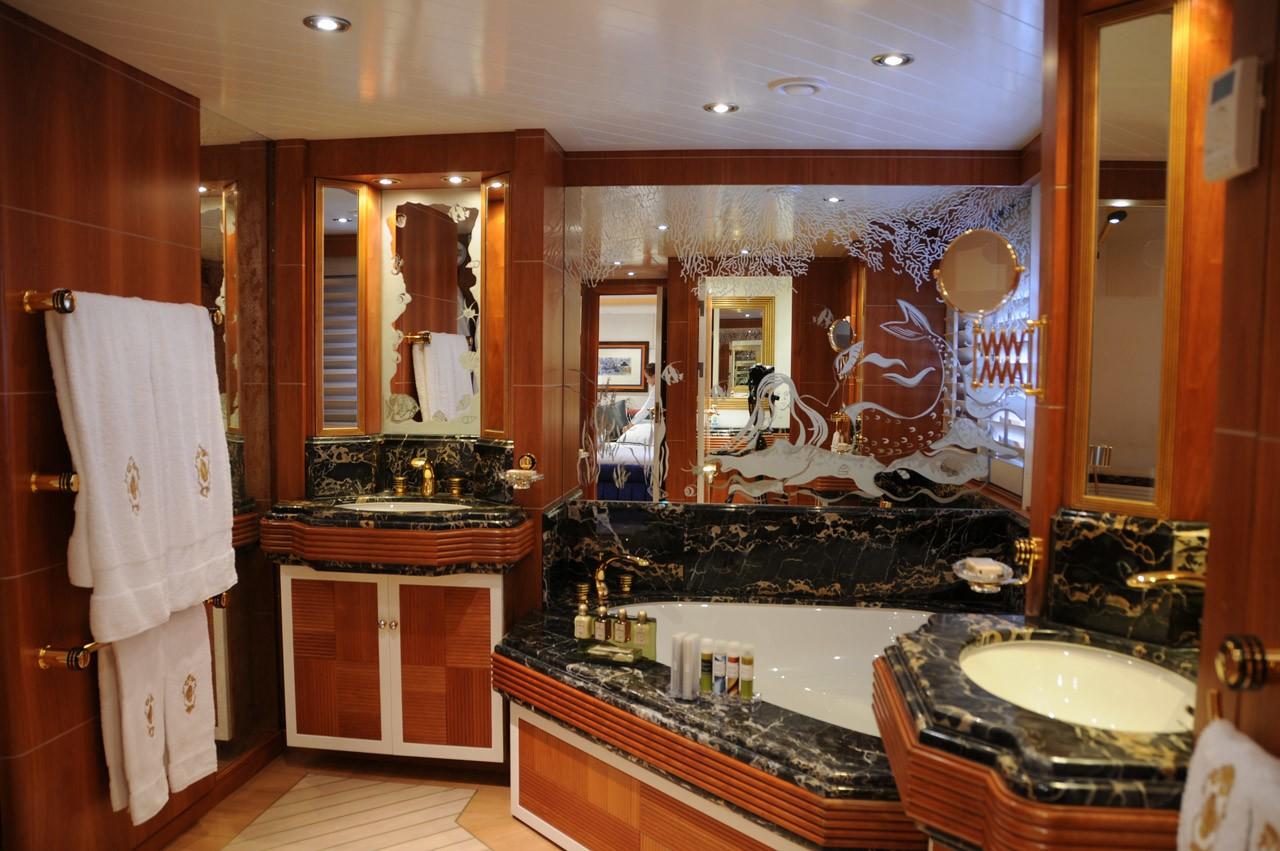 Main Master Bath On Board Yacht AMZ