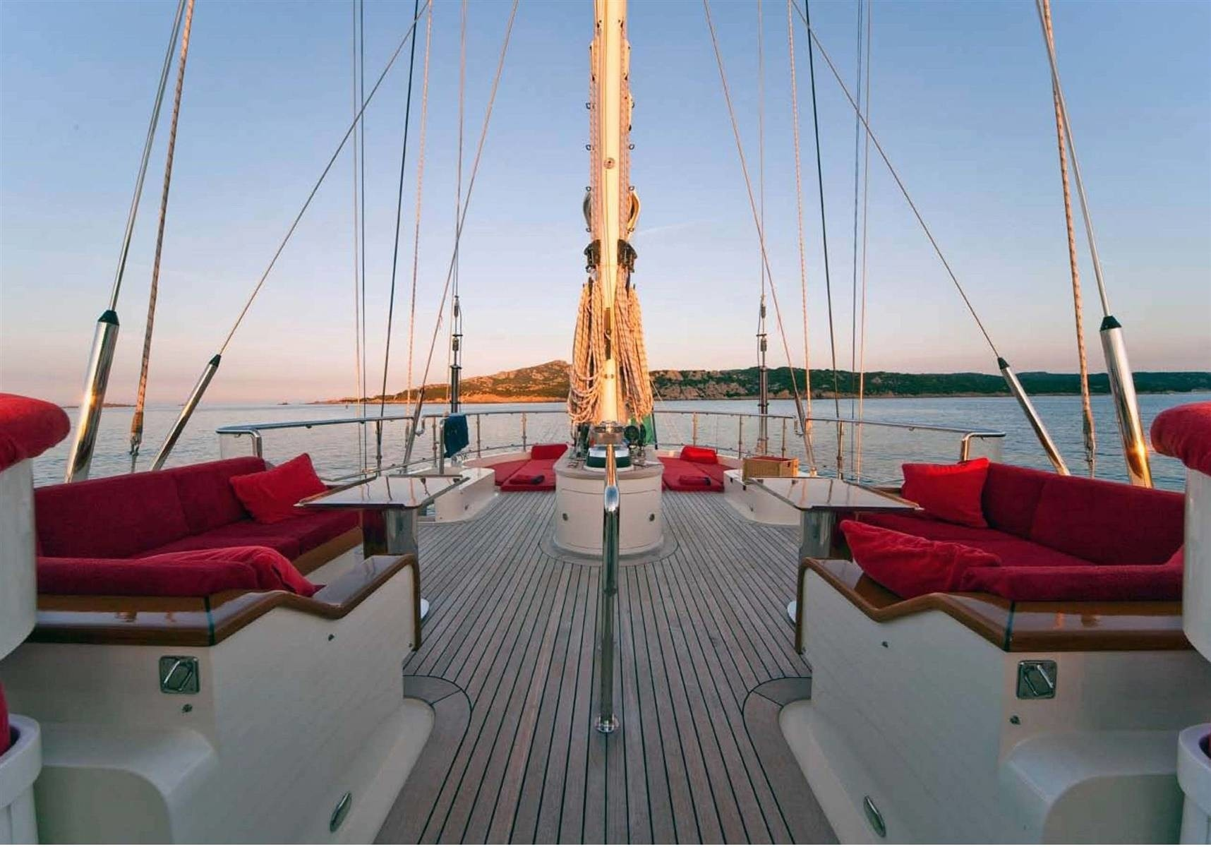 Life On Board Yacht VICTORIA