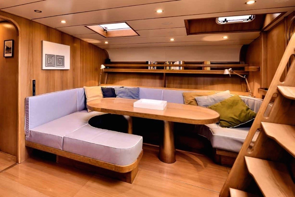The 23m Yacht TESS