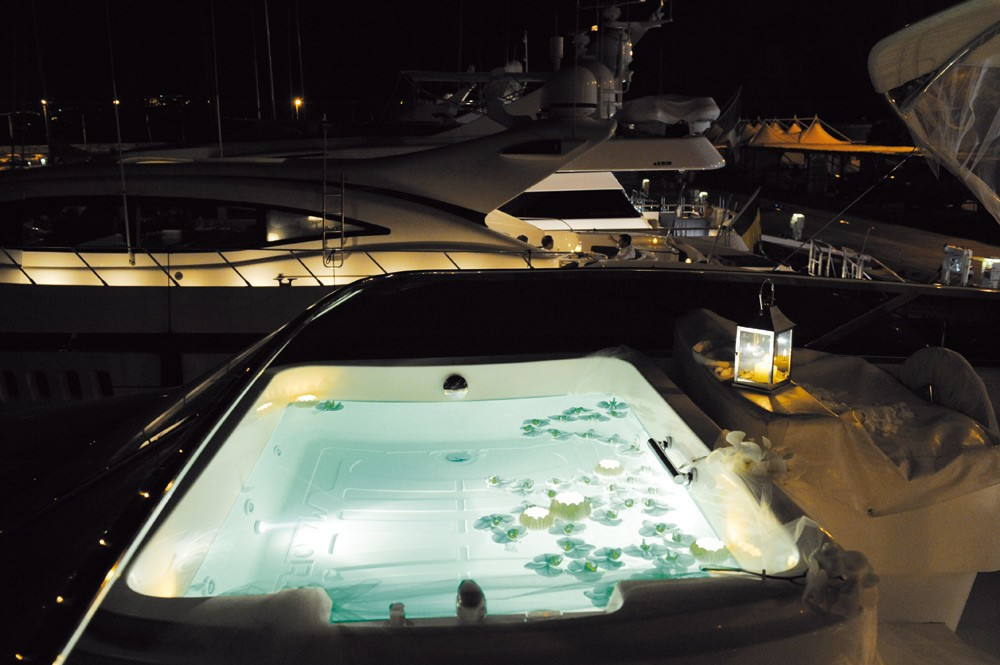 The 25m Yacht JACKIE ONE