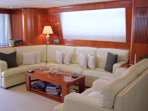 The 30m Yacht AK