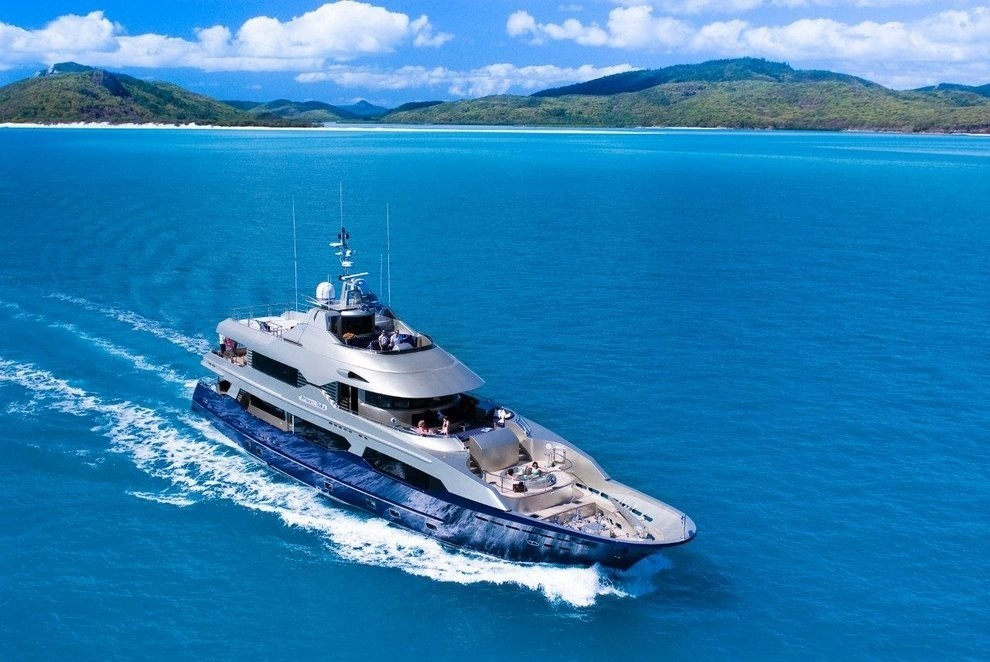 The 34m Yacht PRINCESS ILUKA