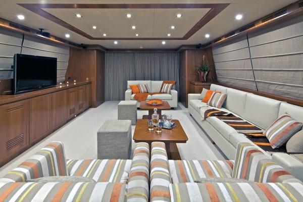 The 35m Yacht HELIOS