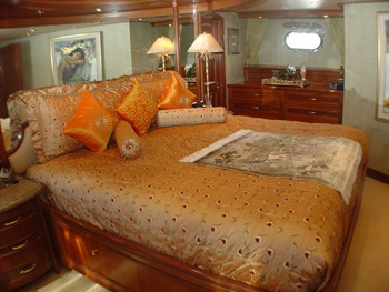 Guest's Cabin On Yacht JOAN'S ARK