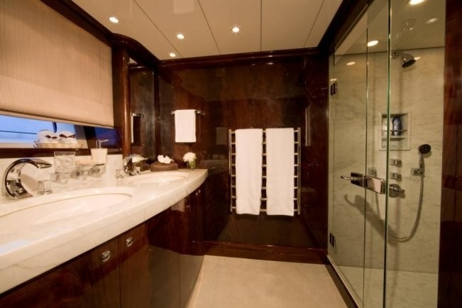 Guest's Bath On Yacht LUDYNOSA G