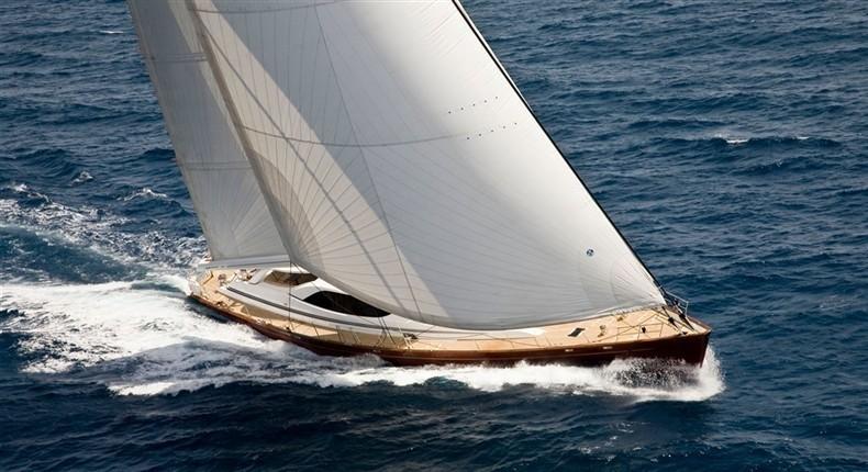 Forward: Yacht LUDYNOSA G's Cruising Captured