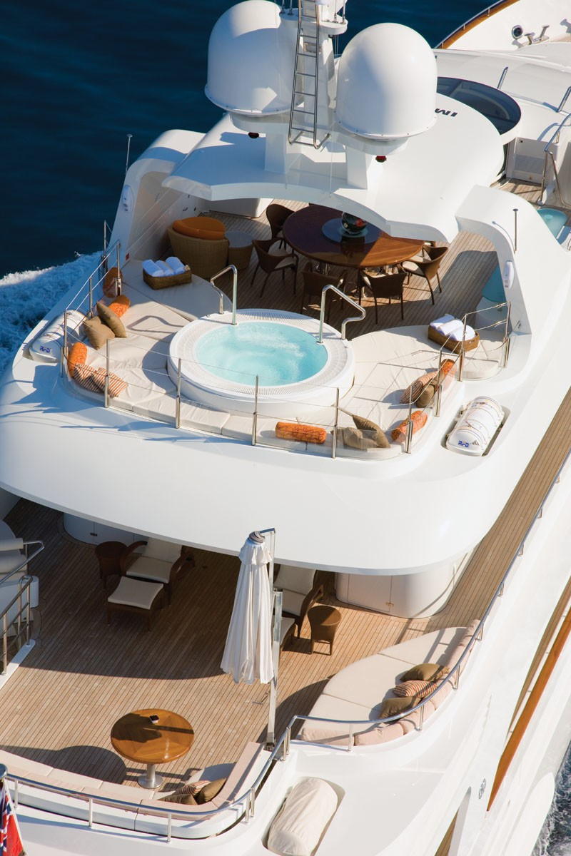 Deck: Yacht NORTHLANDER's Cruising Photograph