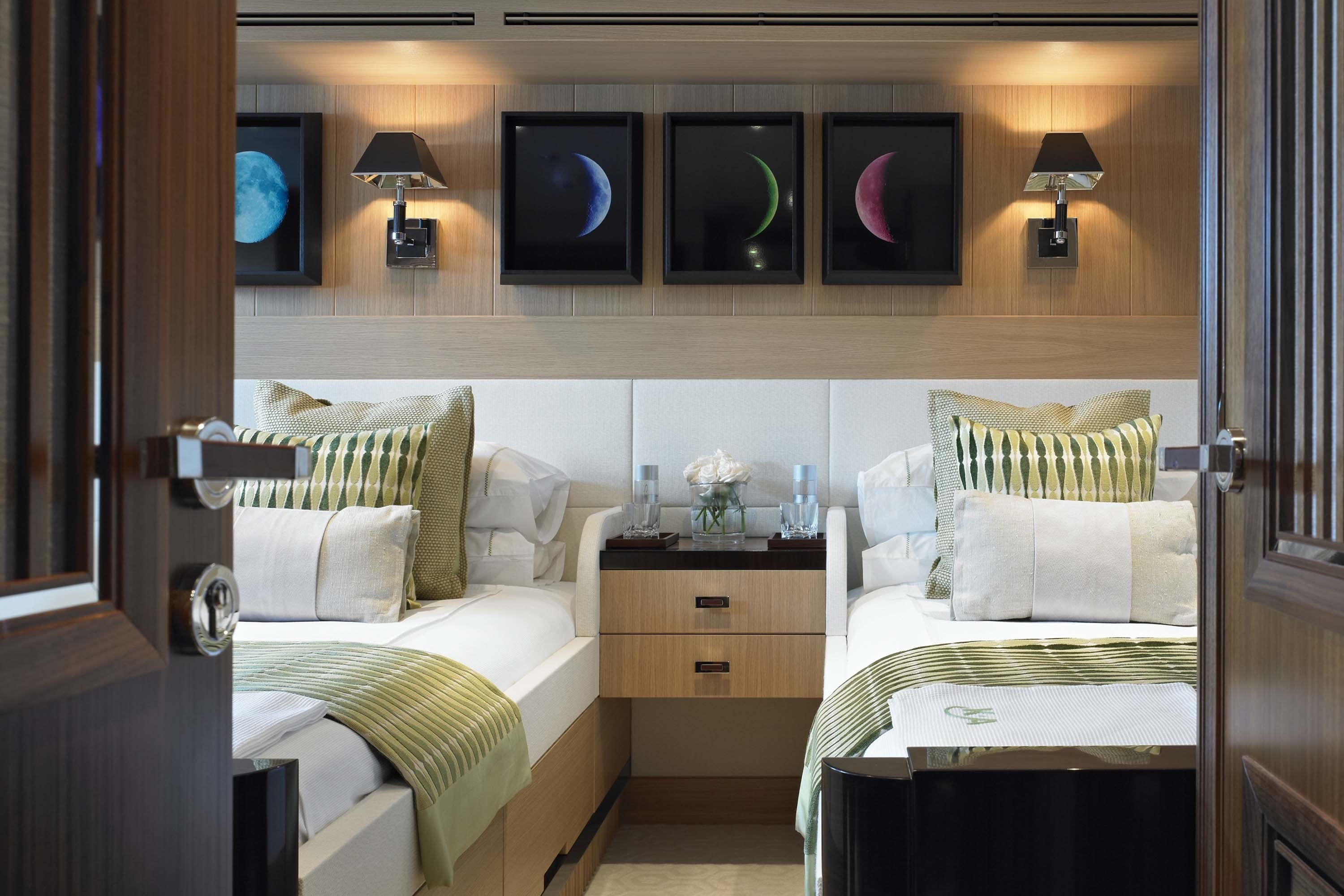 Green Twin Bed Cabin Aboard Yacht KATHLEEN ANNE