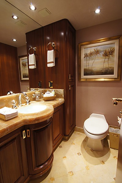 Personal Bath On Yacht MILK MONEY