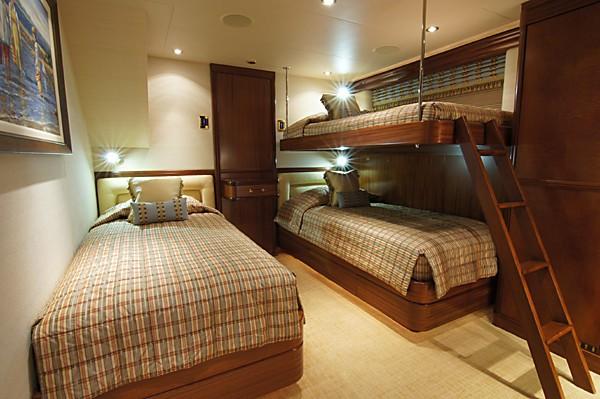 Starboard Side Twin Bed Cabin Aboard Yacht MILK MONEY
