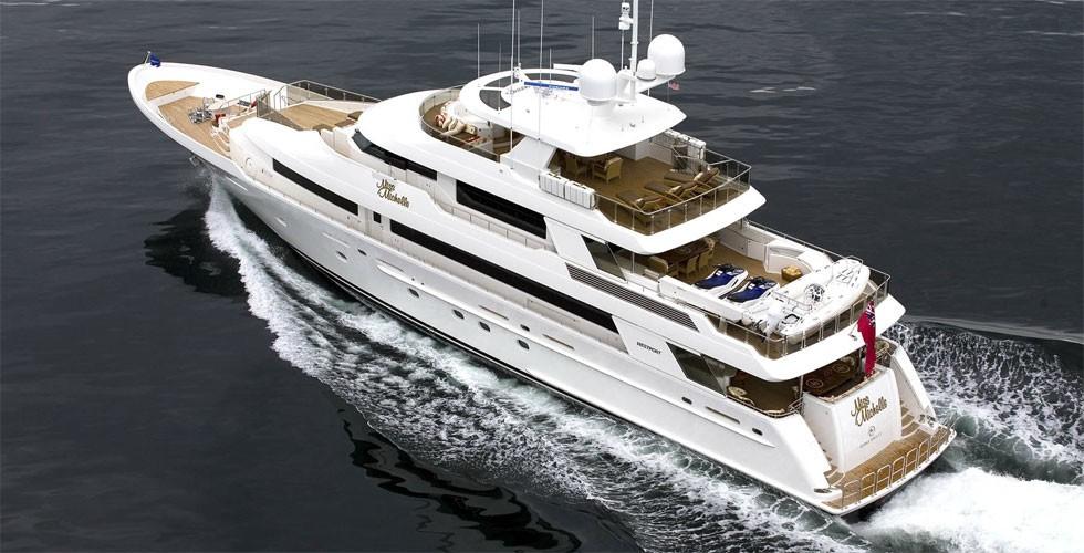 Cruising On Board Yacht MILK MONEY
