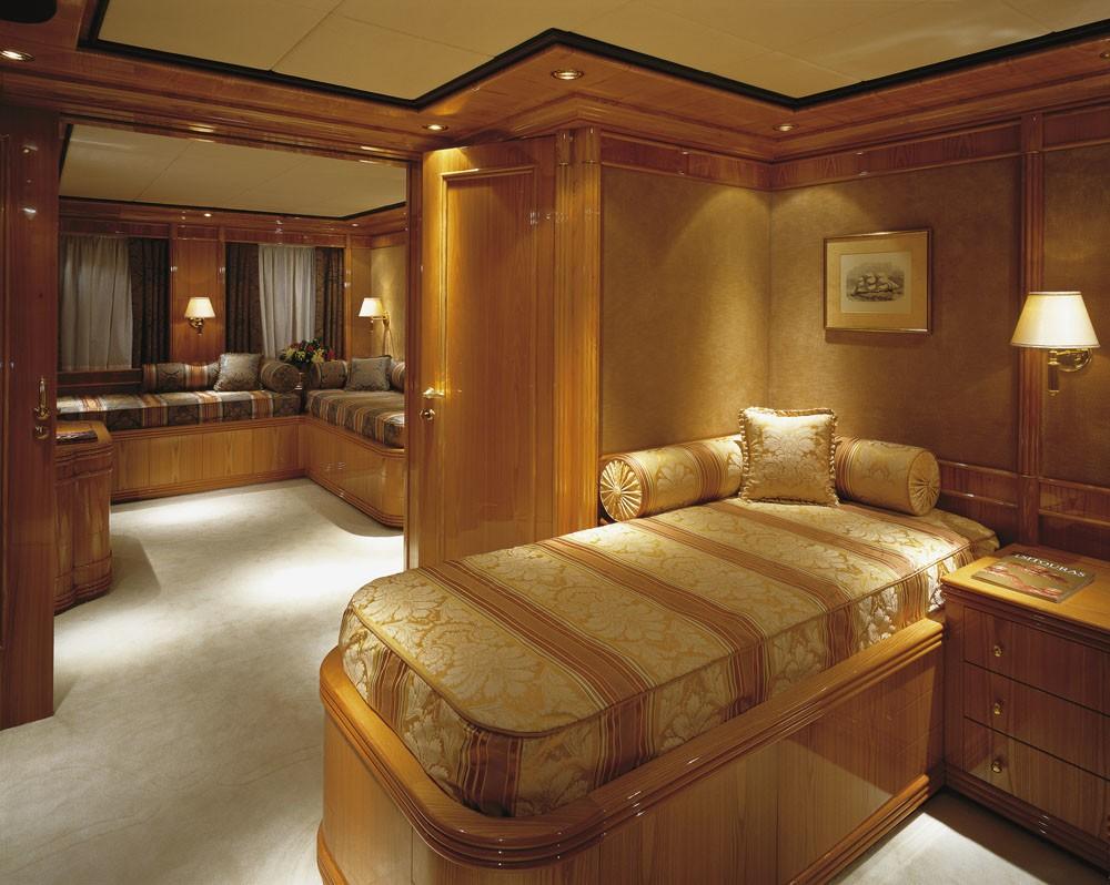 Twin Bed Cabin On Board Yacht JAAN
