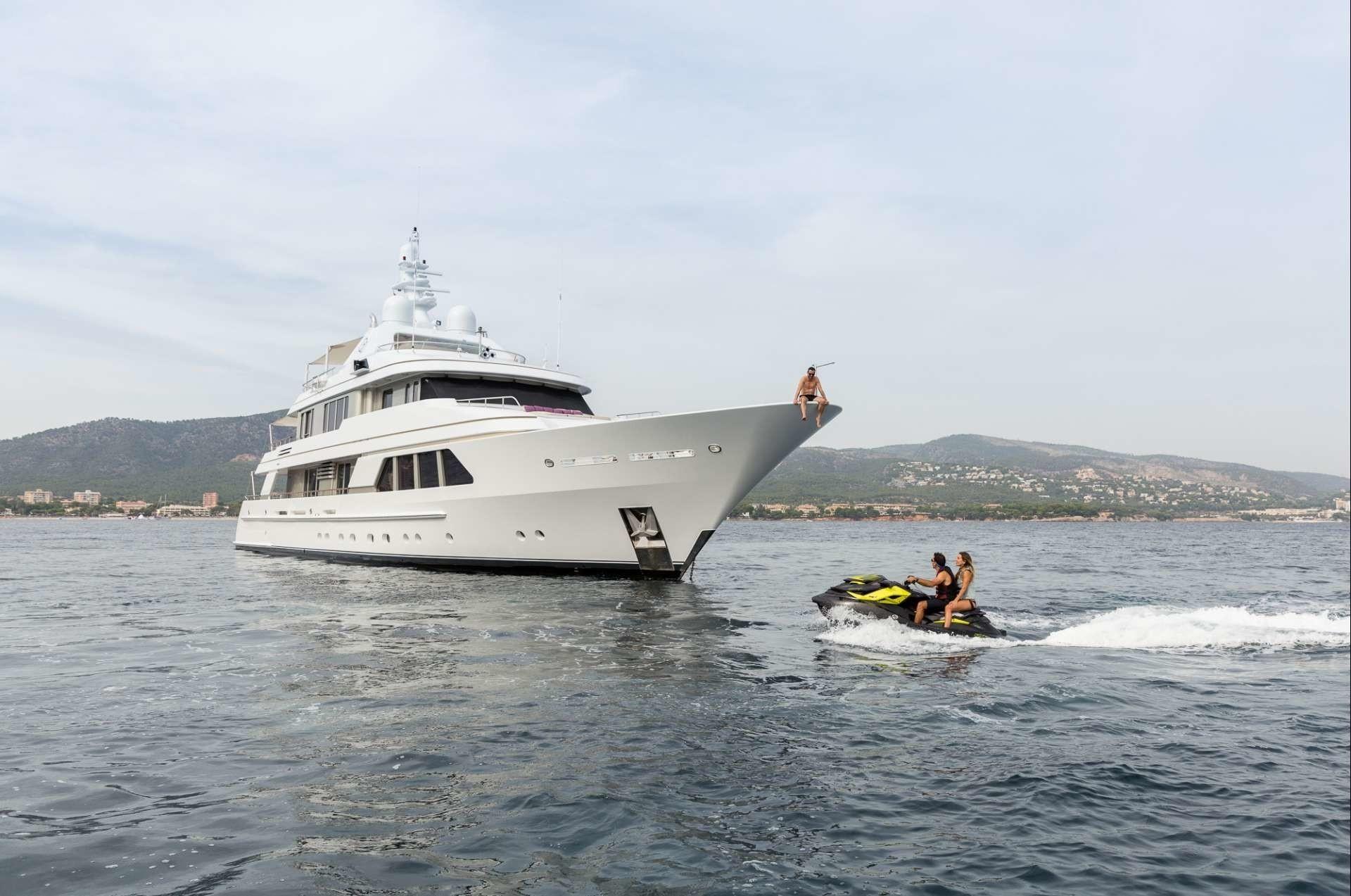The 43m Yacht GO - Bow shot