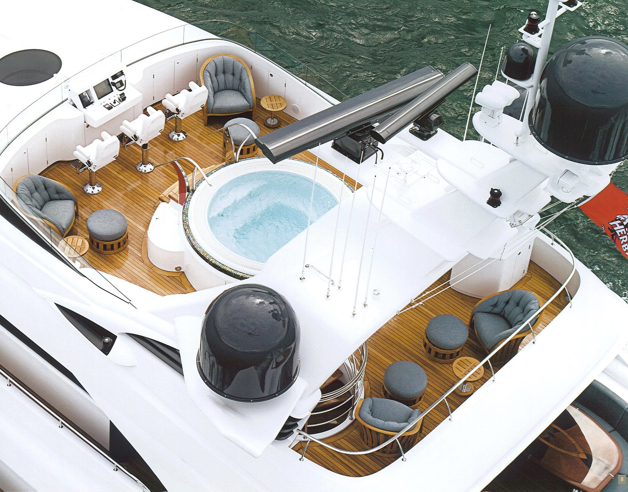 Jacuzzi Pool: Yacht USHER's From Above Image