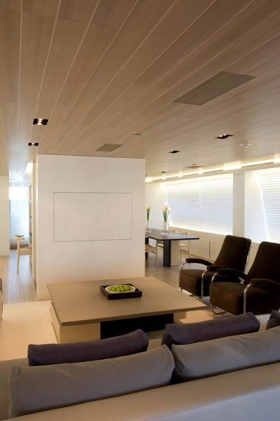Screening Covered: Yacht BARACUDA VALLETTA's Saloon Image