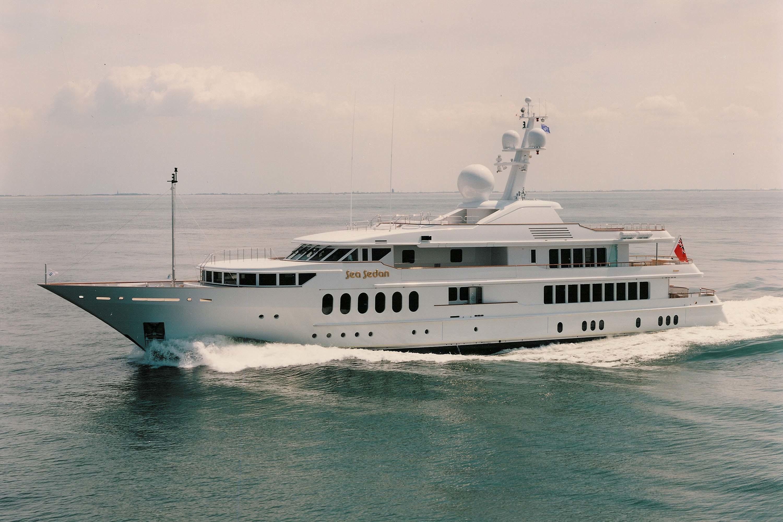 Overview: Yacht HUNTRESS II's Cruising Image