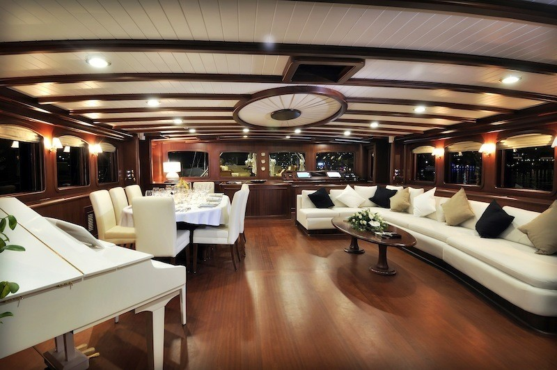 Saloon On Board Yacht REGINA