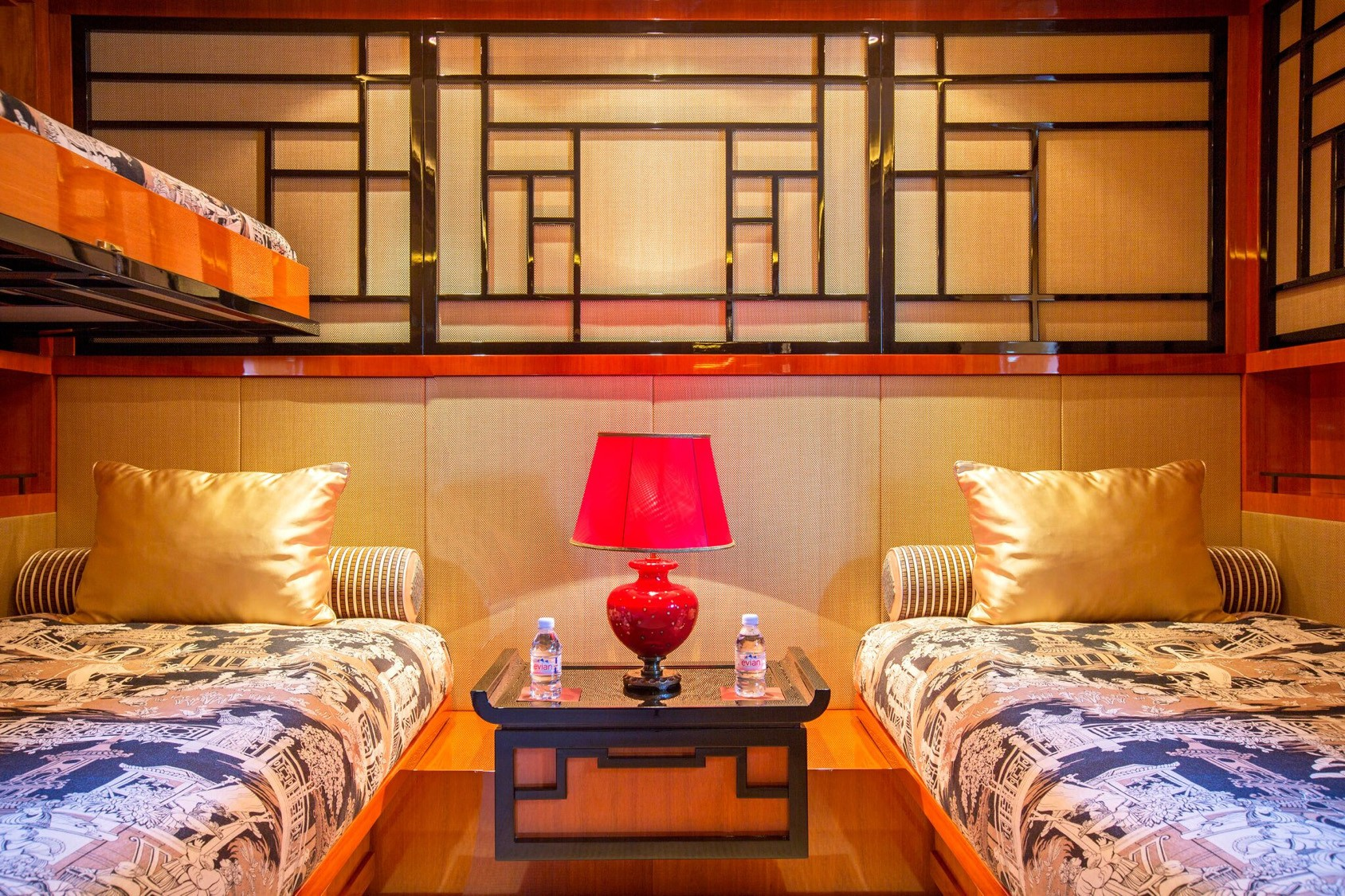 Chinese twin suite