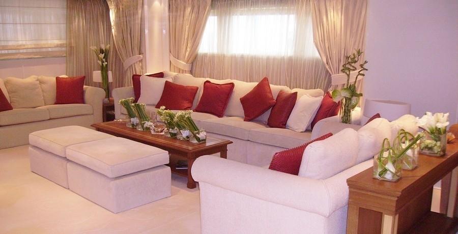 Sitting Zone: Yacht ELEGANT 007's Premier Saloon Pictured
