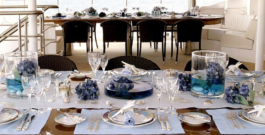 Set Furniture: Yacht ELEGANT 007's Close Up Captured