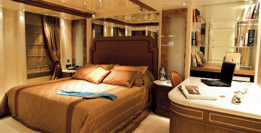 Guest's Cabin On Board Yacht ELEGANT 007