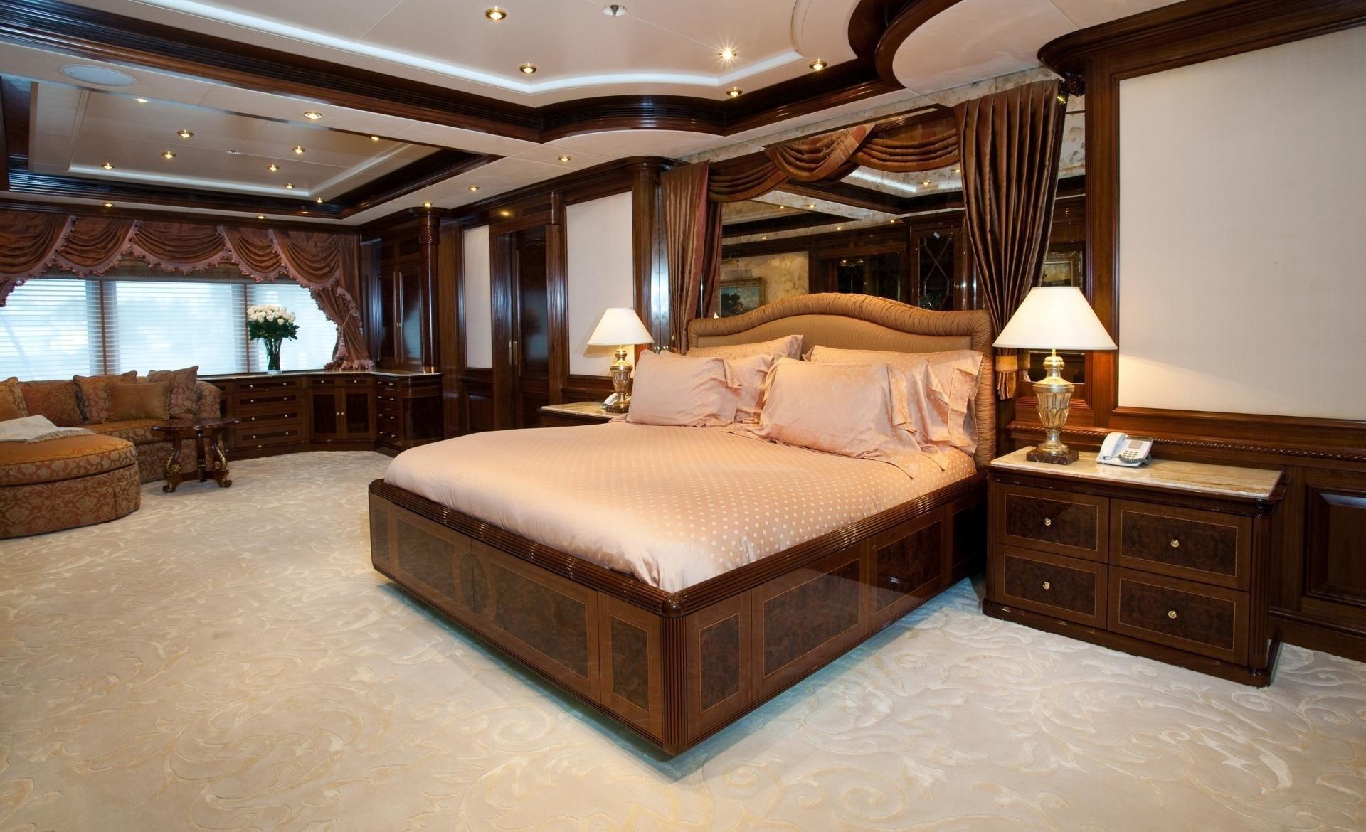 Main Master Cabin On Yacht TITANIA