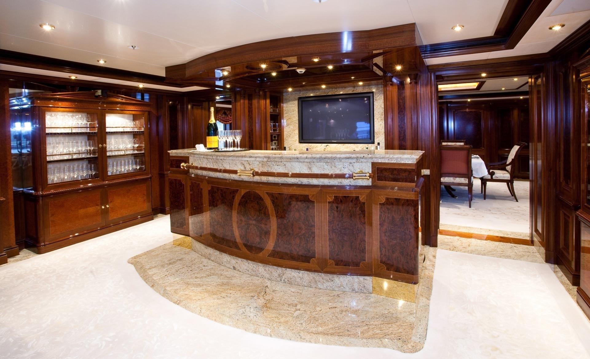 Drinks Bar Aboard Yacht TITANIA