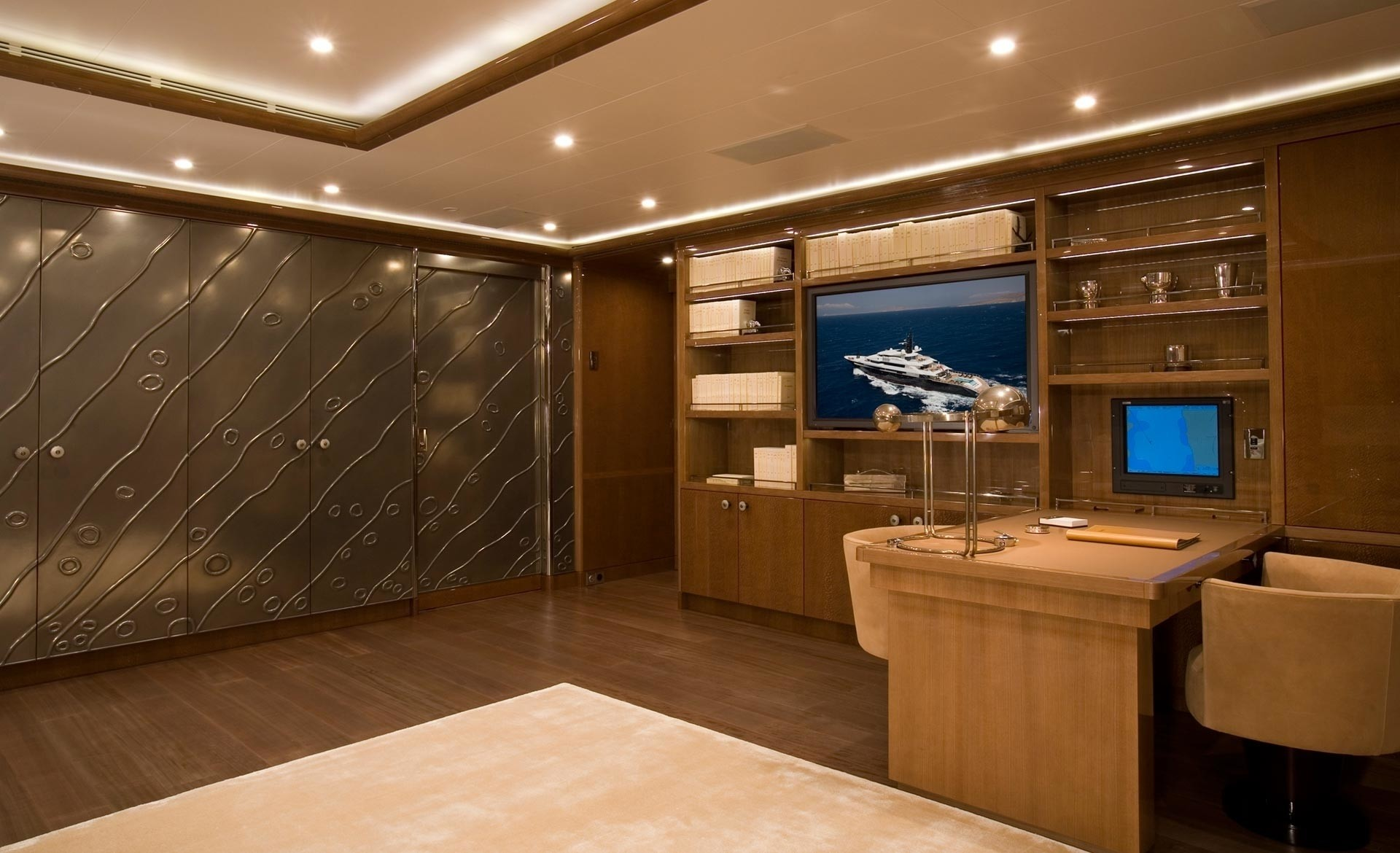 Personal Office On Yacht ALFA NERO