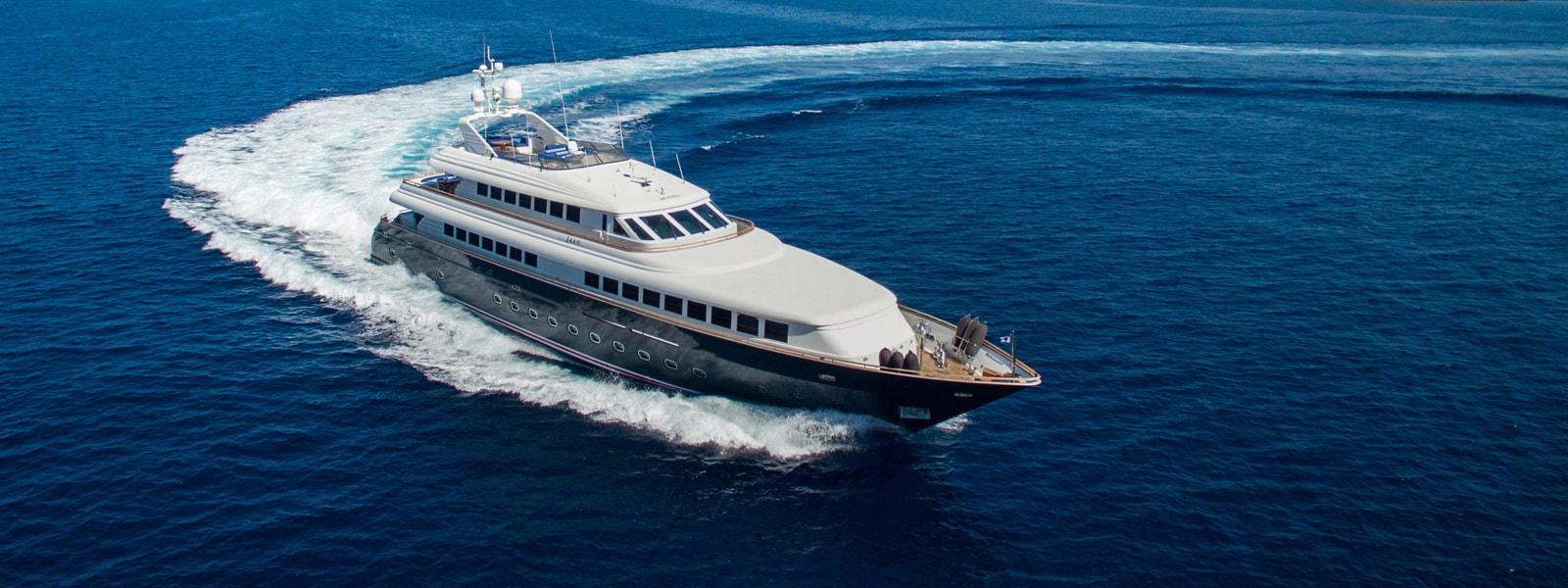 Intermarine 42m JAAN