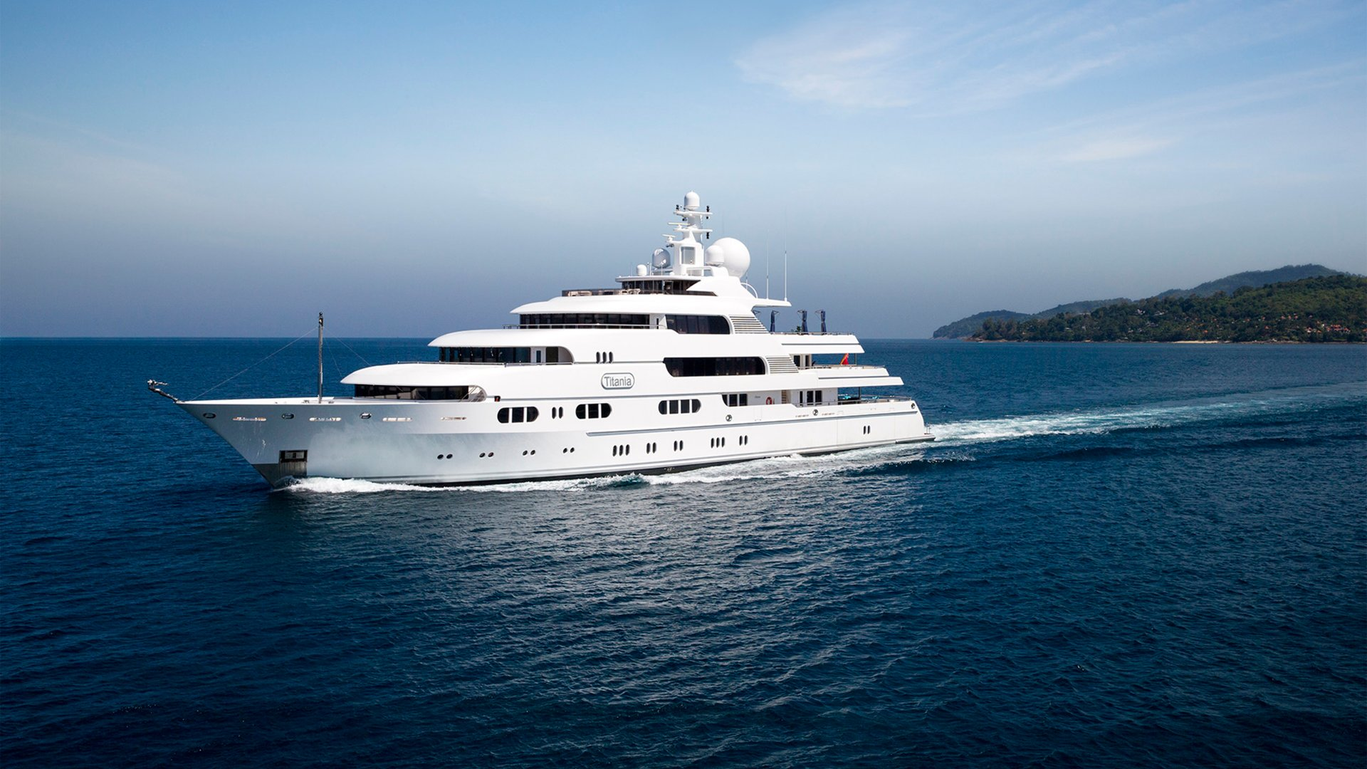 Luxury Superyacht Titania