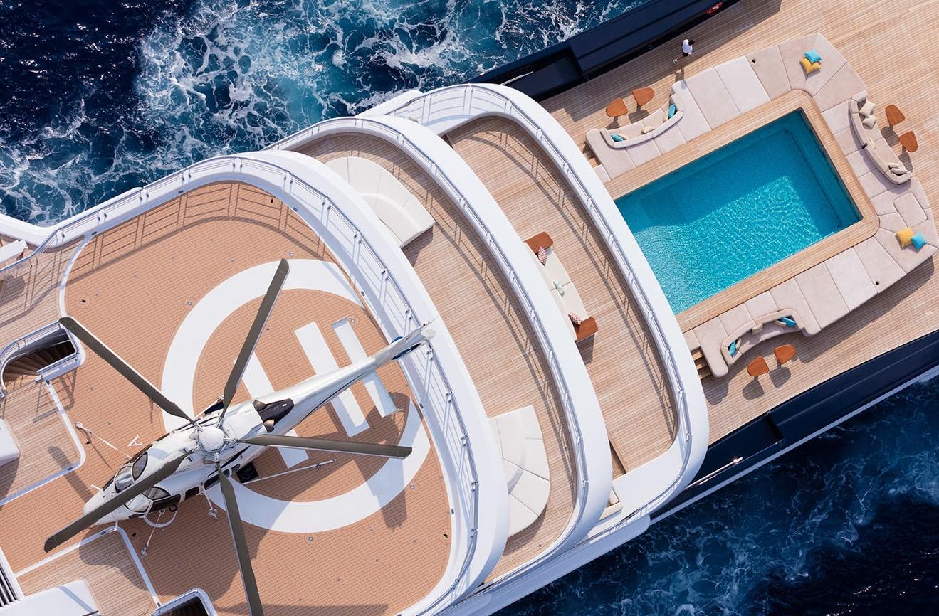 Superyacht Luna Lloyd Werft Aerial View