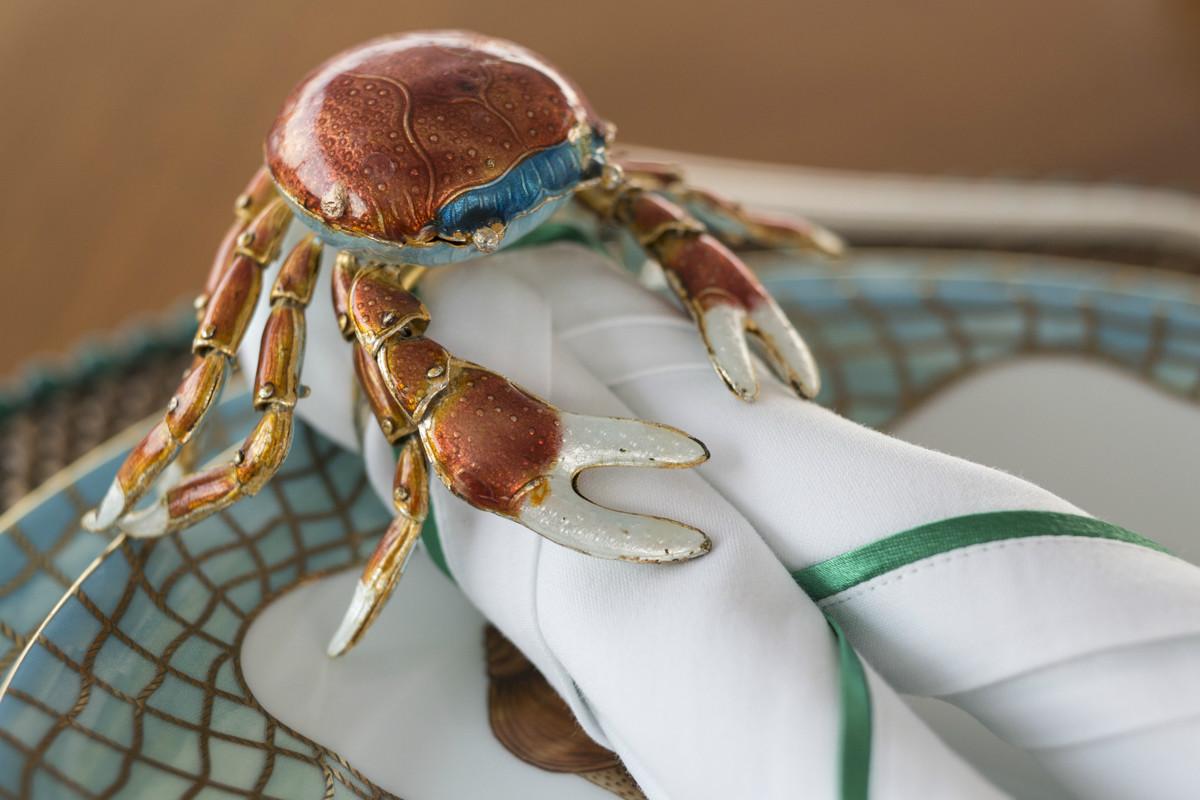 TATANIA Informal Lunch Crab