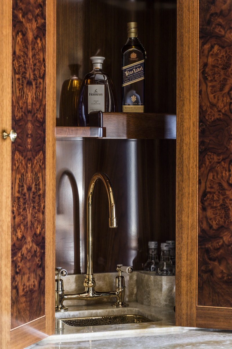 TATANIA Master Suite Drinks Bar