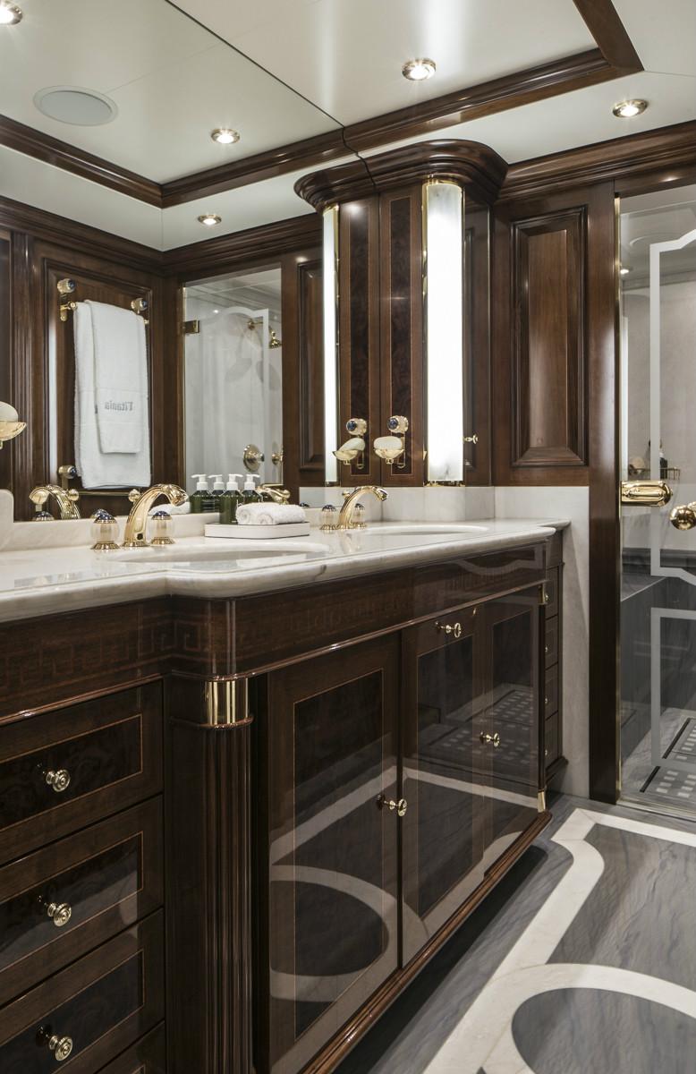 TATANIA VIP Bathroom