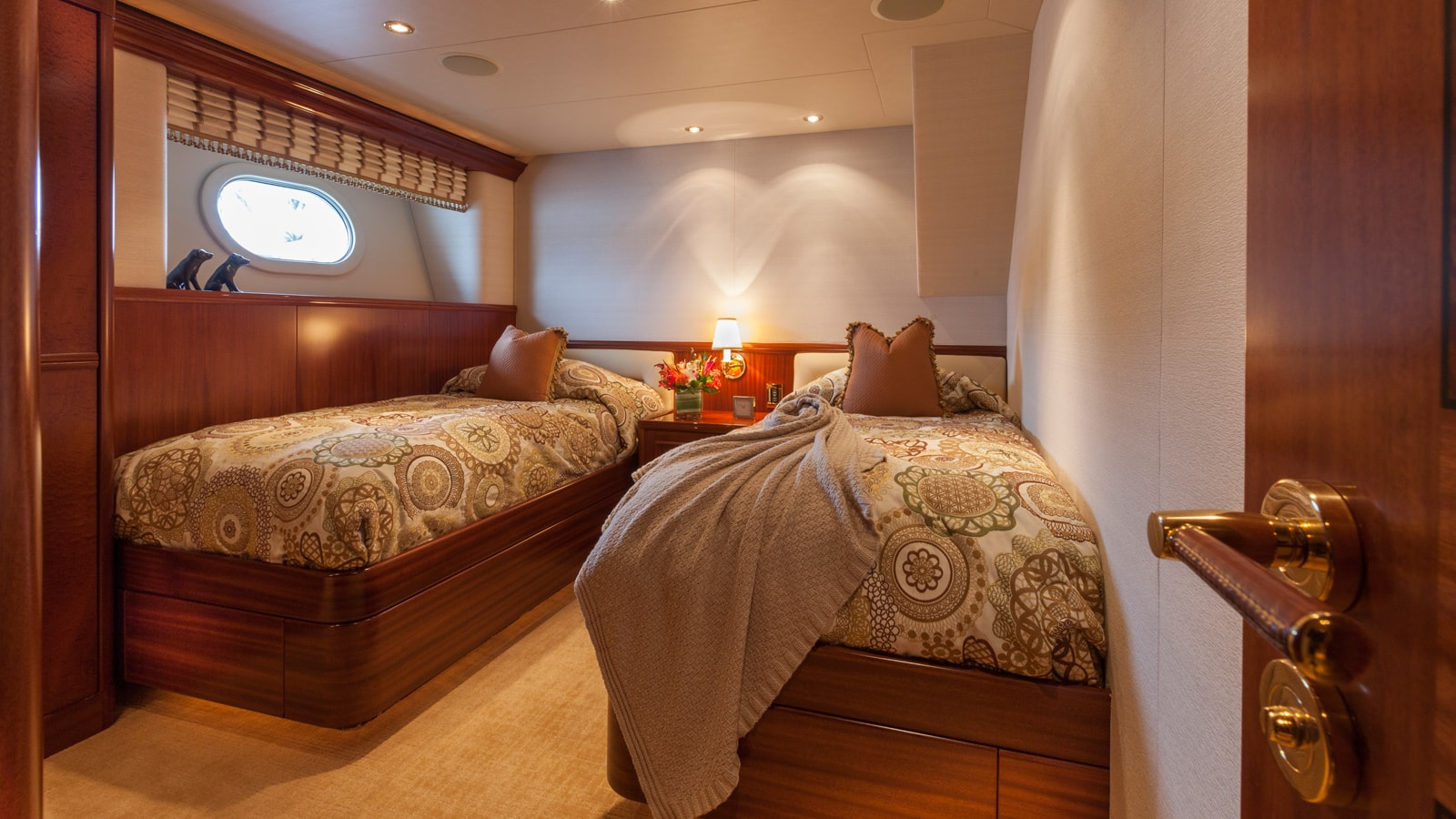 Twin Bed Cabin - Milk Money