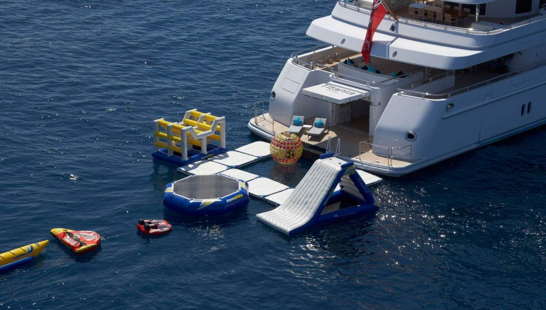 Water Toys And Inflatables