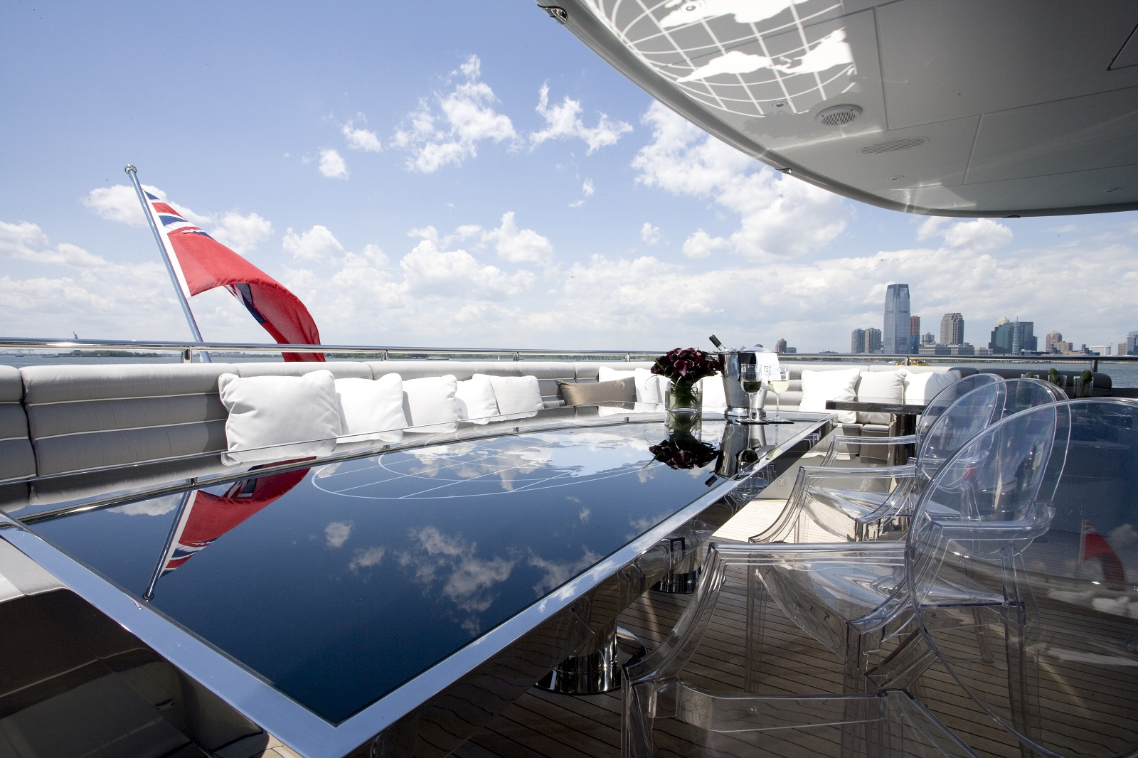 Yacht BLISS By Heesen - Alfresco Dining Table