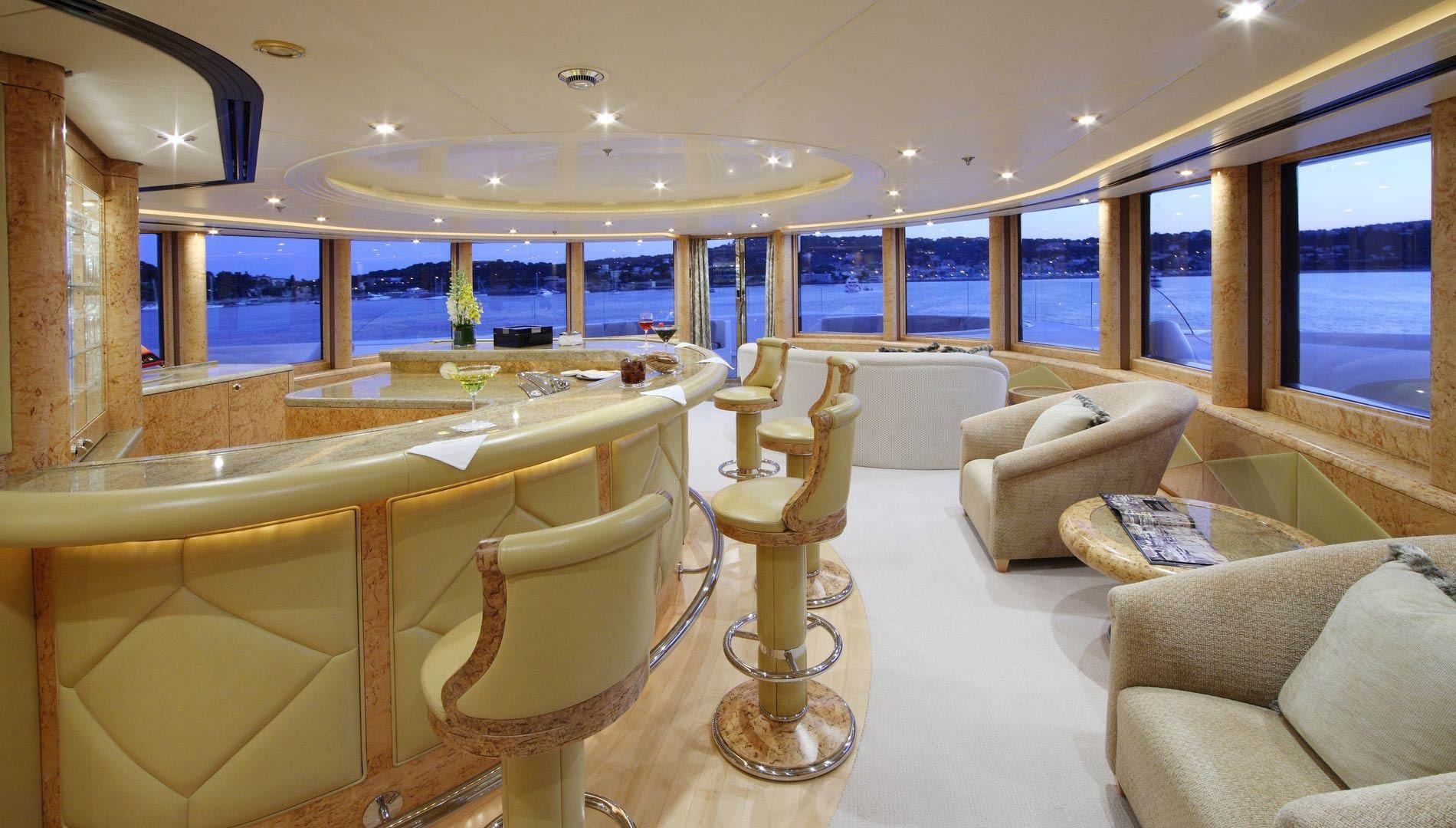 Yacht CAPRI By Lurssen - Bar