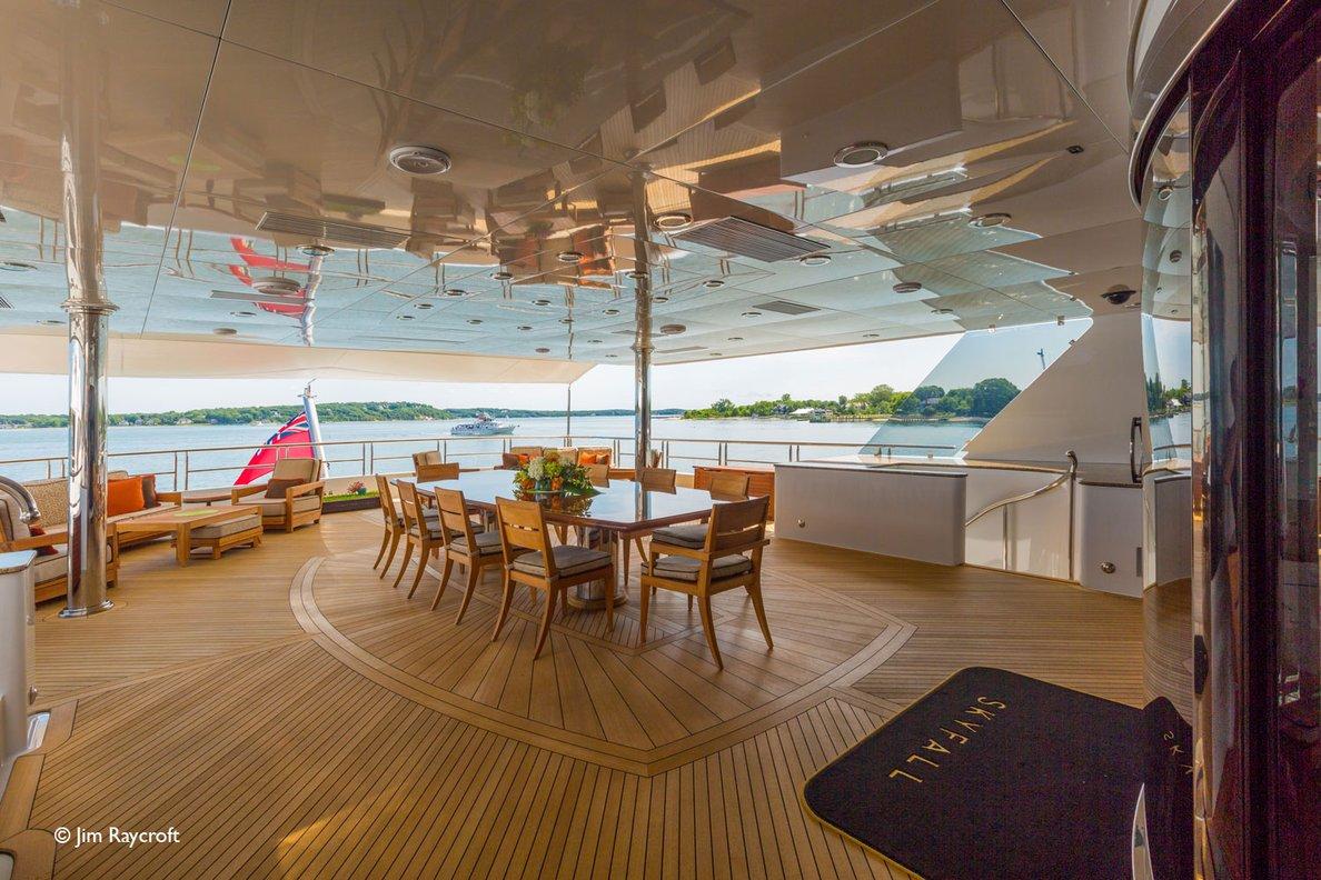 Yacht Skyfall By Trinity - Aft Deck Al Fresco