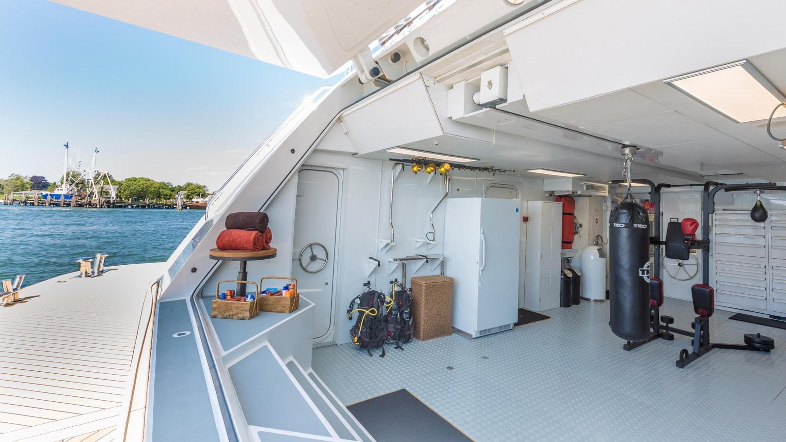 Yacht Skyfall By Trinity - Aft Garage