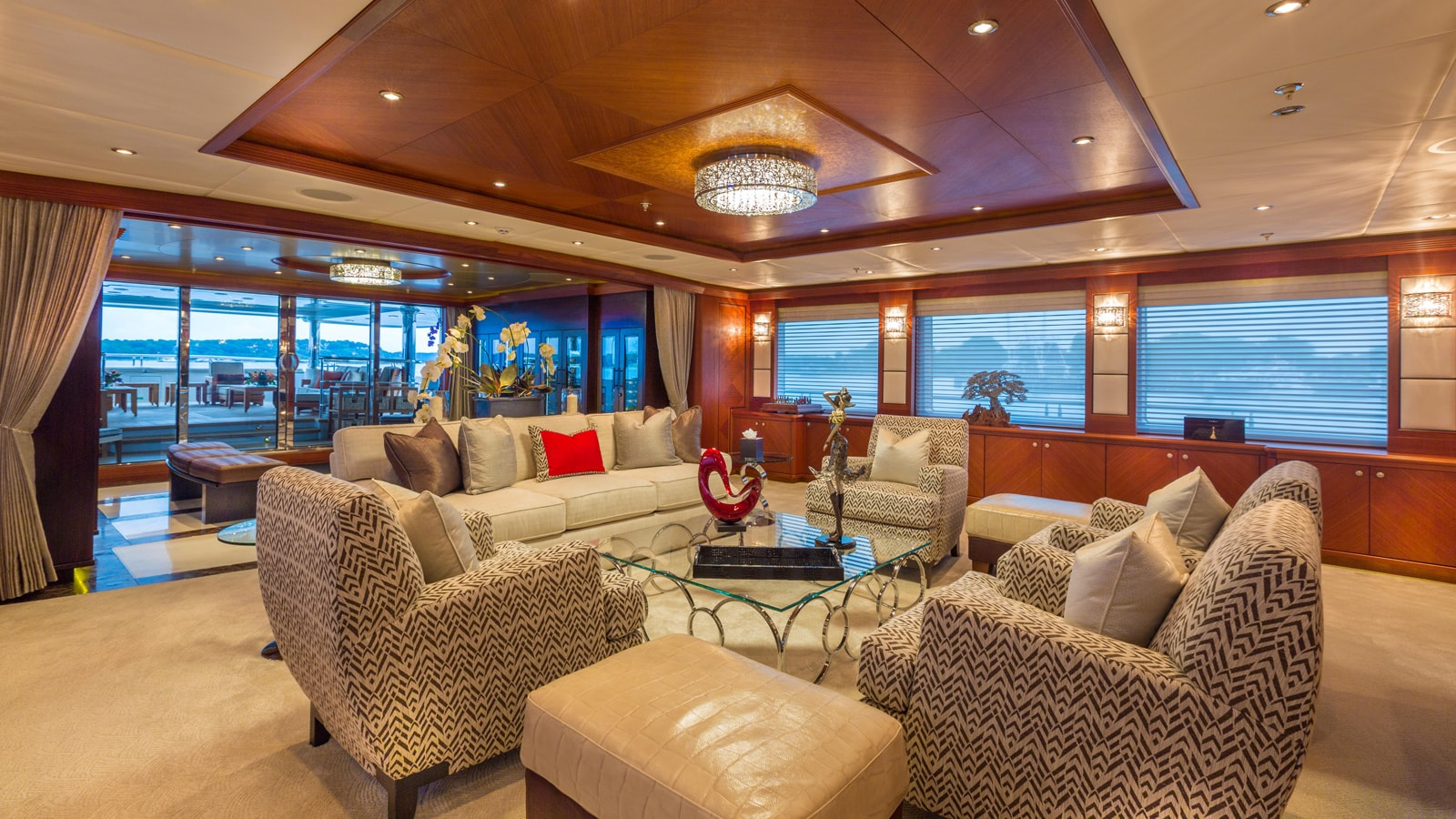 Yacht Skyfall By Trinity - Lounge Seating