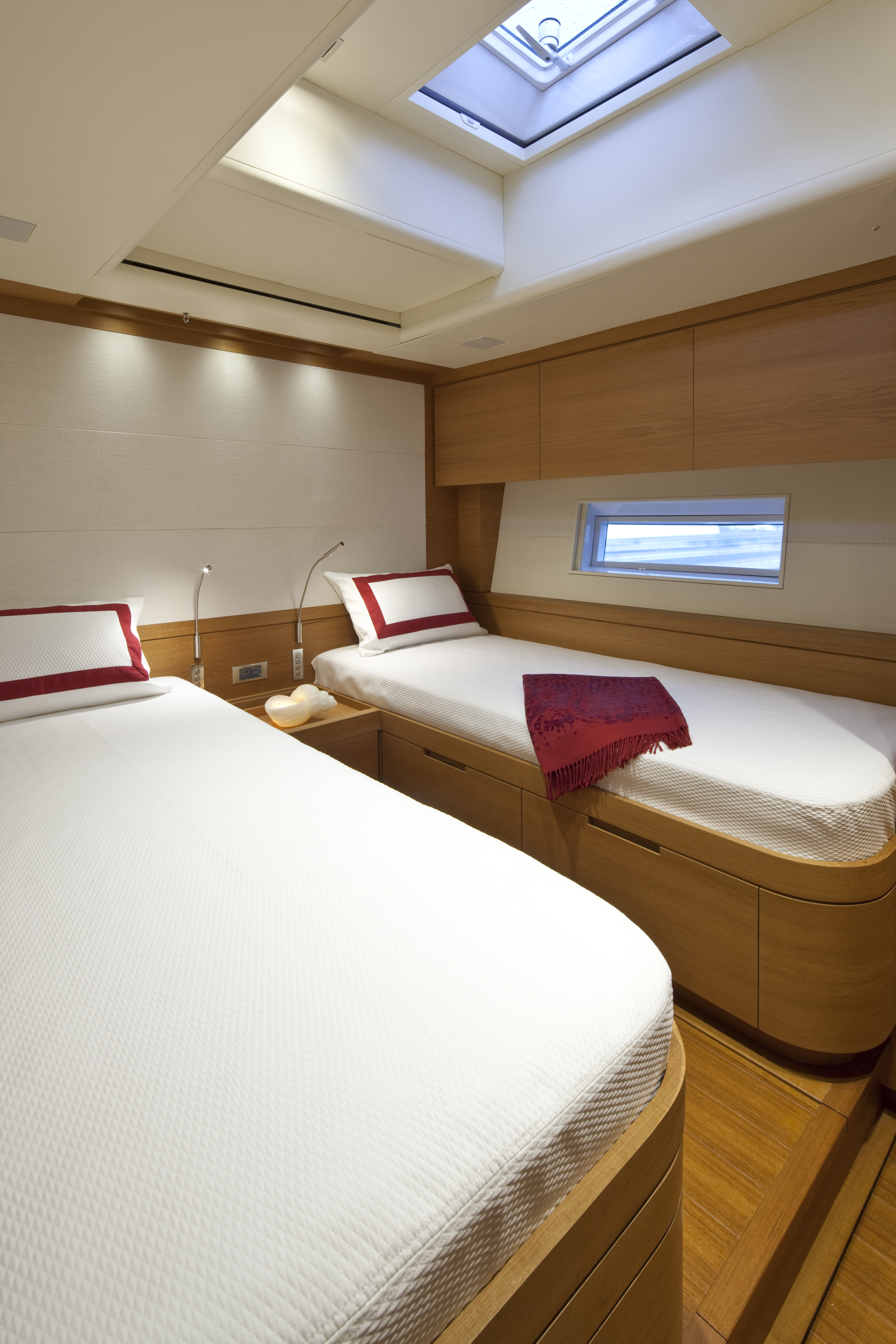 Twin Cabin To Port