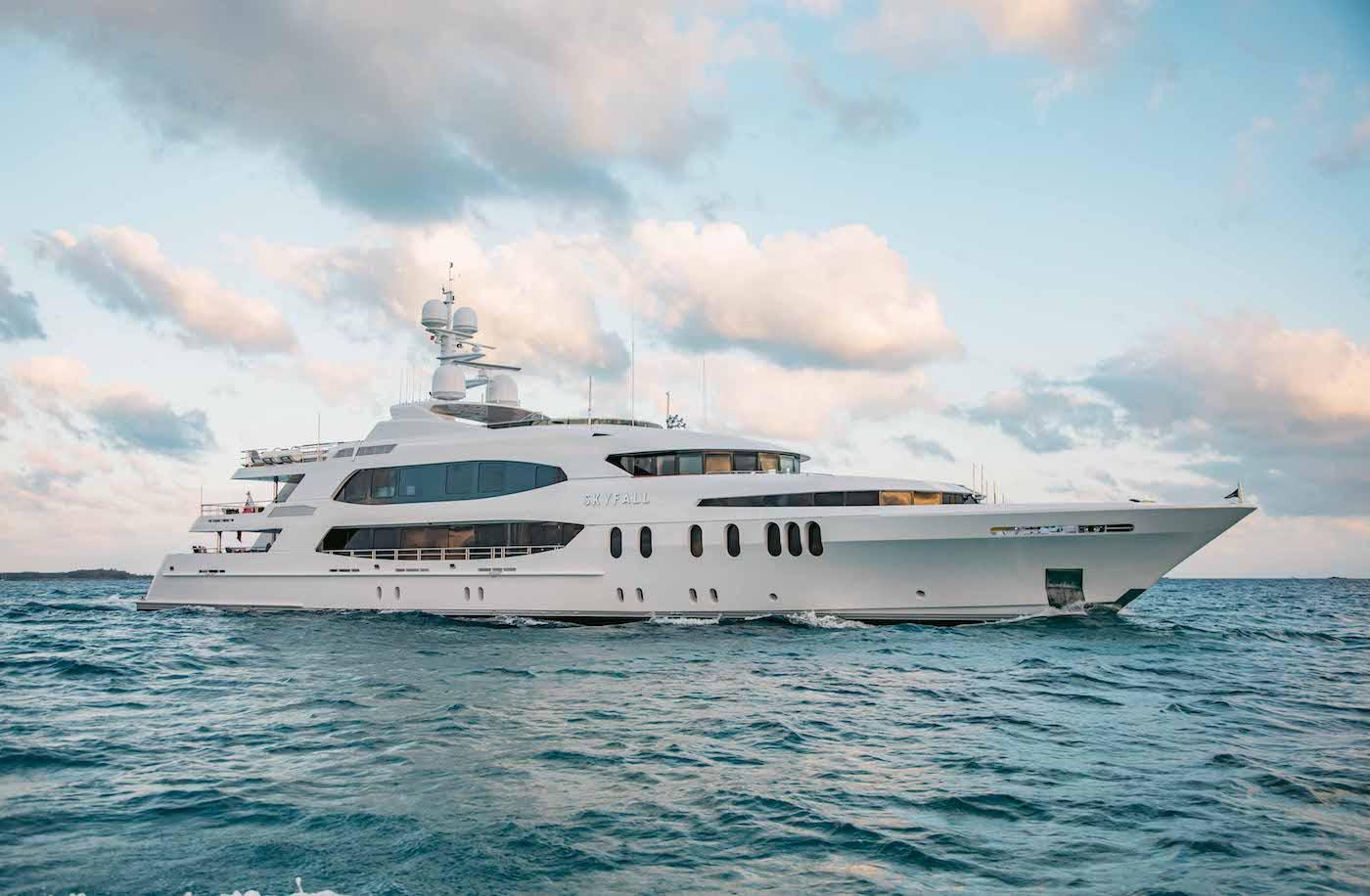 Yacht SKYFALL Profile