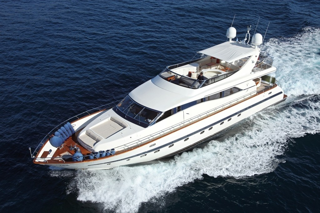 The 26m Yacht BLUEBIRD OF HAPPINESS