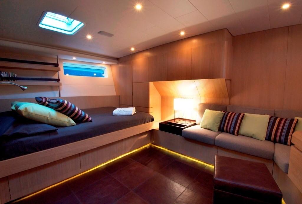 The 27m Yacht ALIX