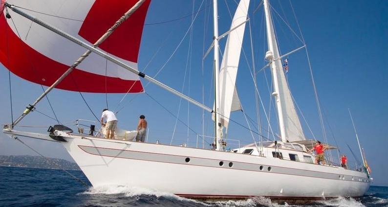 The 28m Yacht DAME DES TROPIQUES