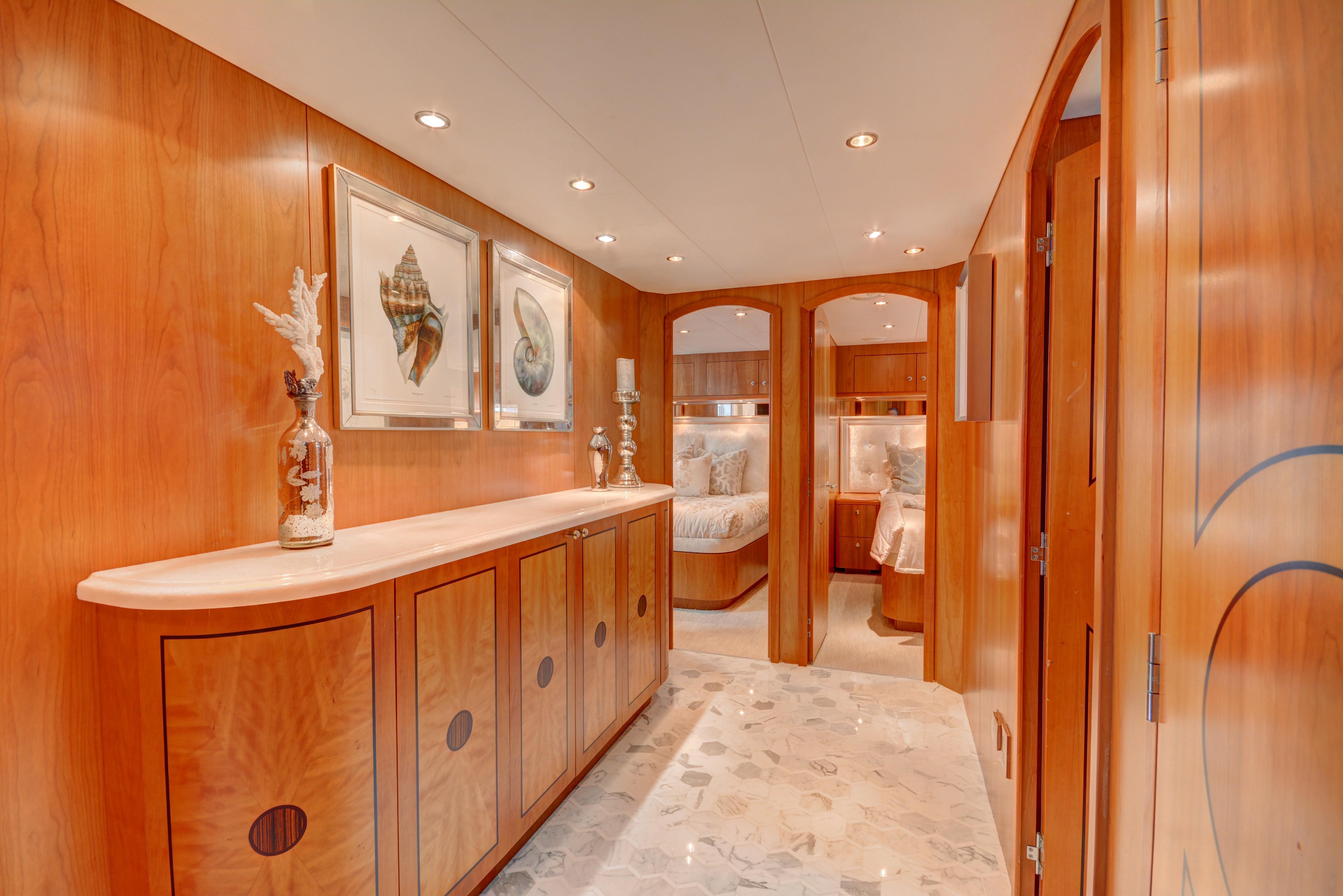 The 30m Yacht CRESCENDO