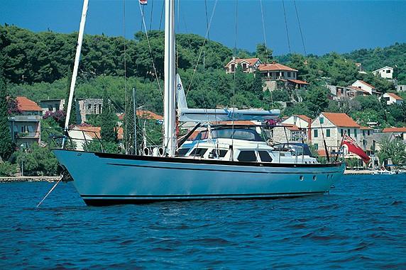 The 30m Yacht WAVELENGTH