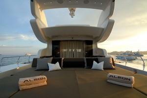 Life On Yacht ALEON